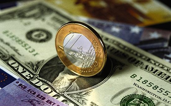 Биржевой курс евро превысил 76 руб