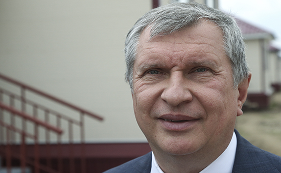 Сечин объяснил необходимость выделения 2 трлн руб. заботой о России