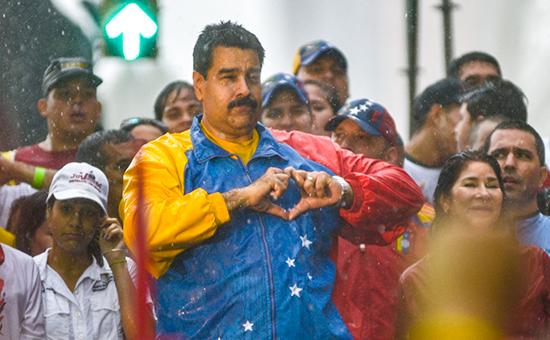 Венесуэла сократит госрасходы на фоне падения цен на нефть